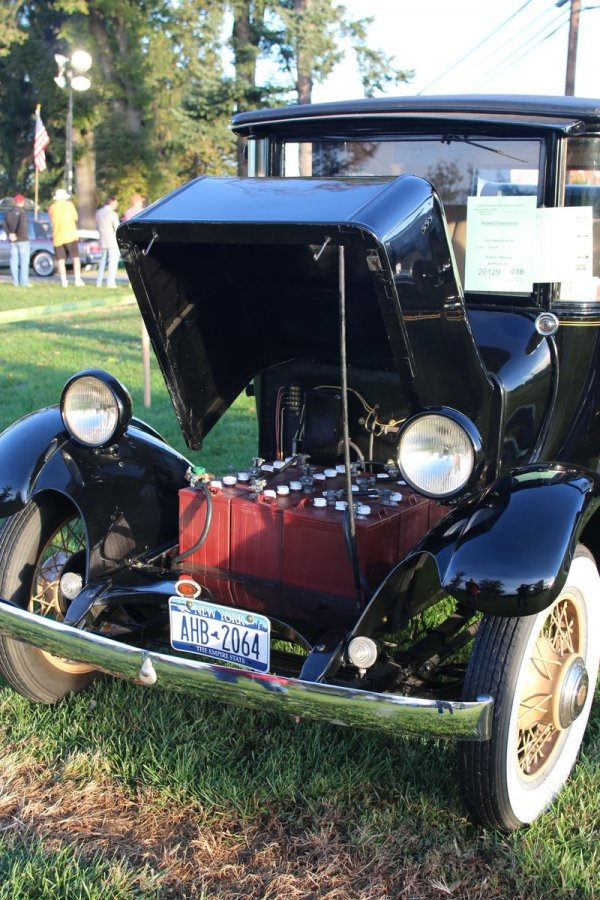 2015_AACA_Hershey_Fall_Meet_Car_Show-007