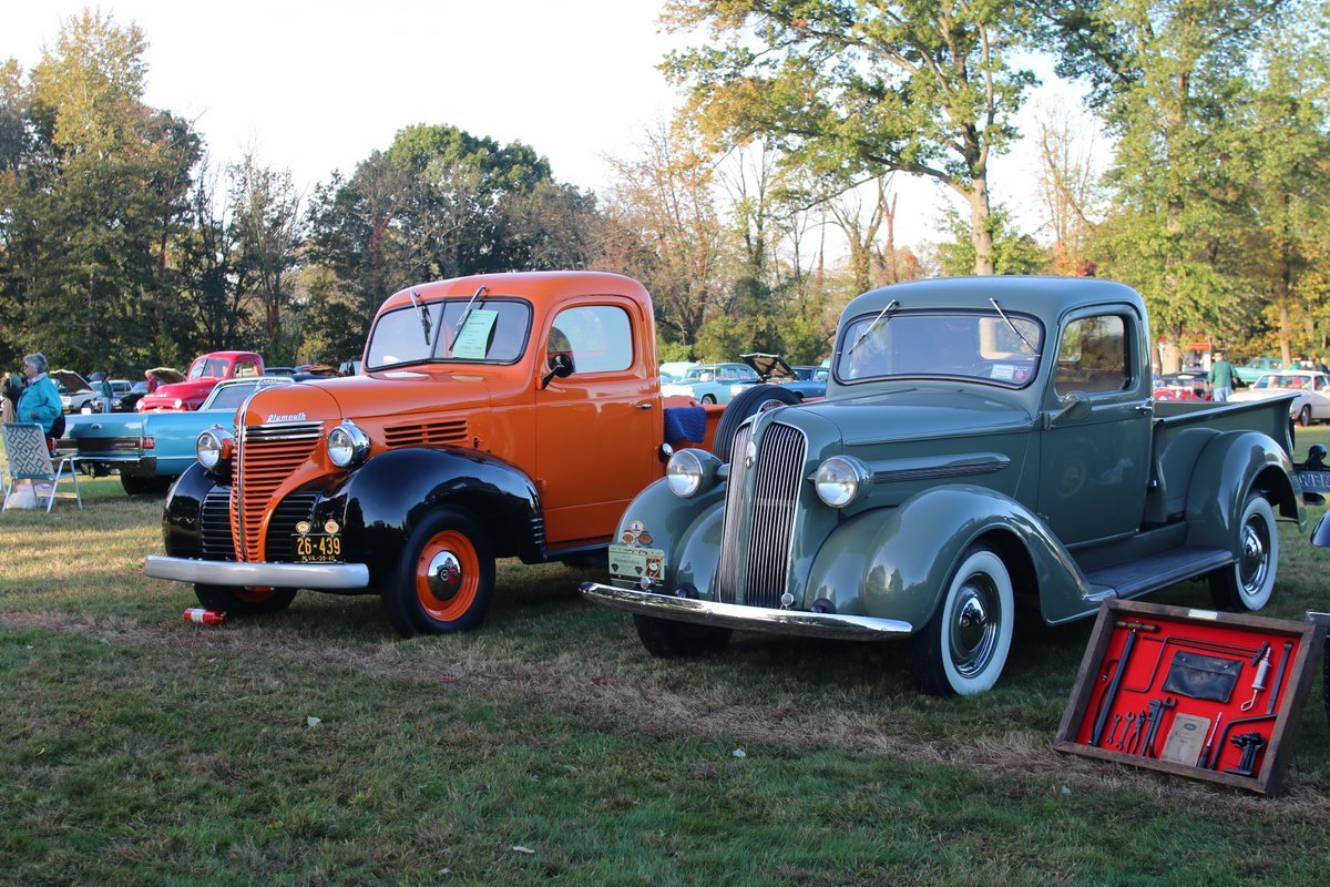 2015_AACA_Hershey_Fall_Meet_Car_Show-020