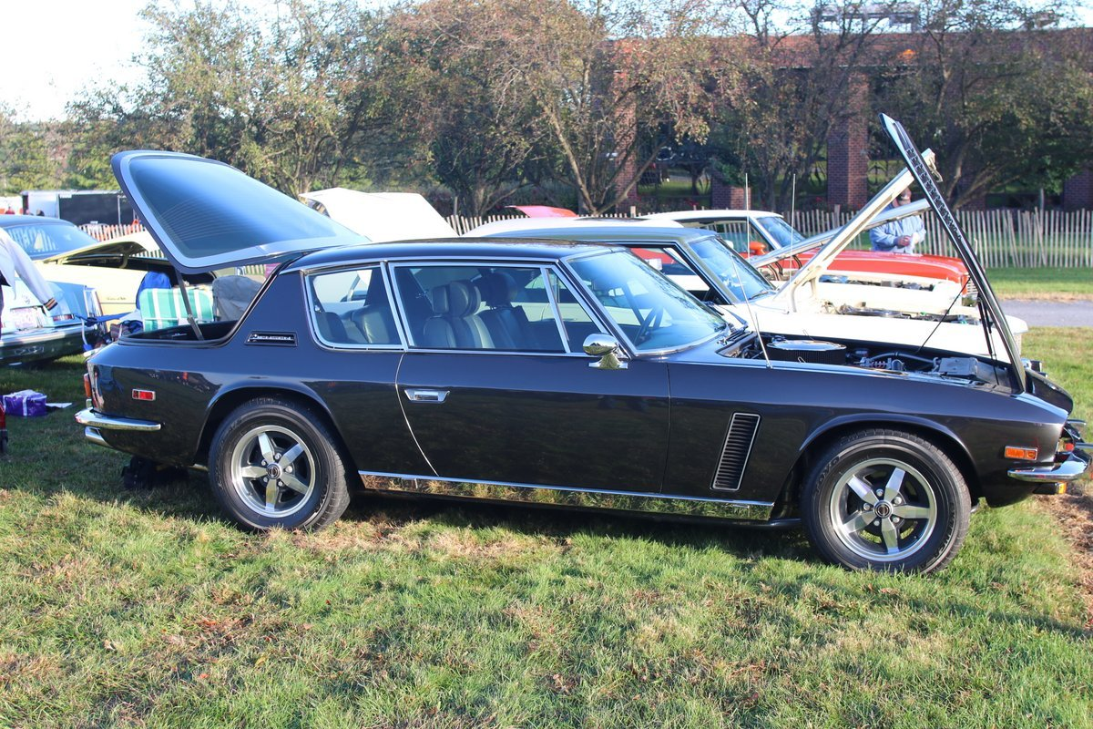2015_AACA_Hershey_Fall_Meet_Car_Show-038