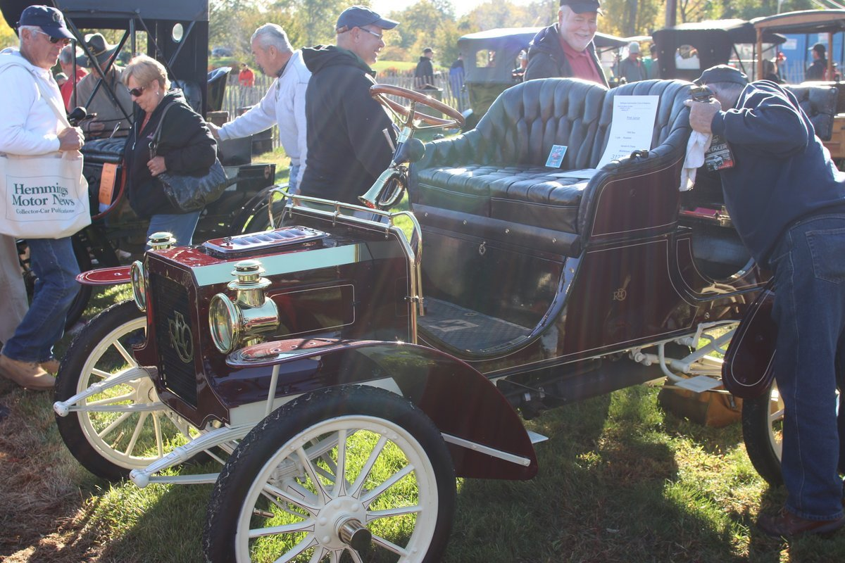 2015_AACA_Hershey_Fall_Meet_Car_Show-072