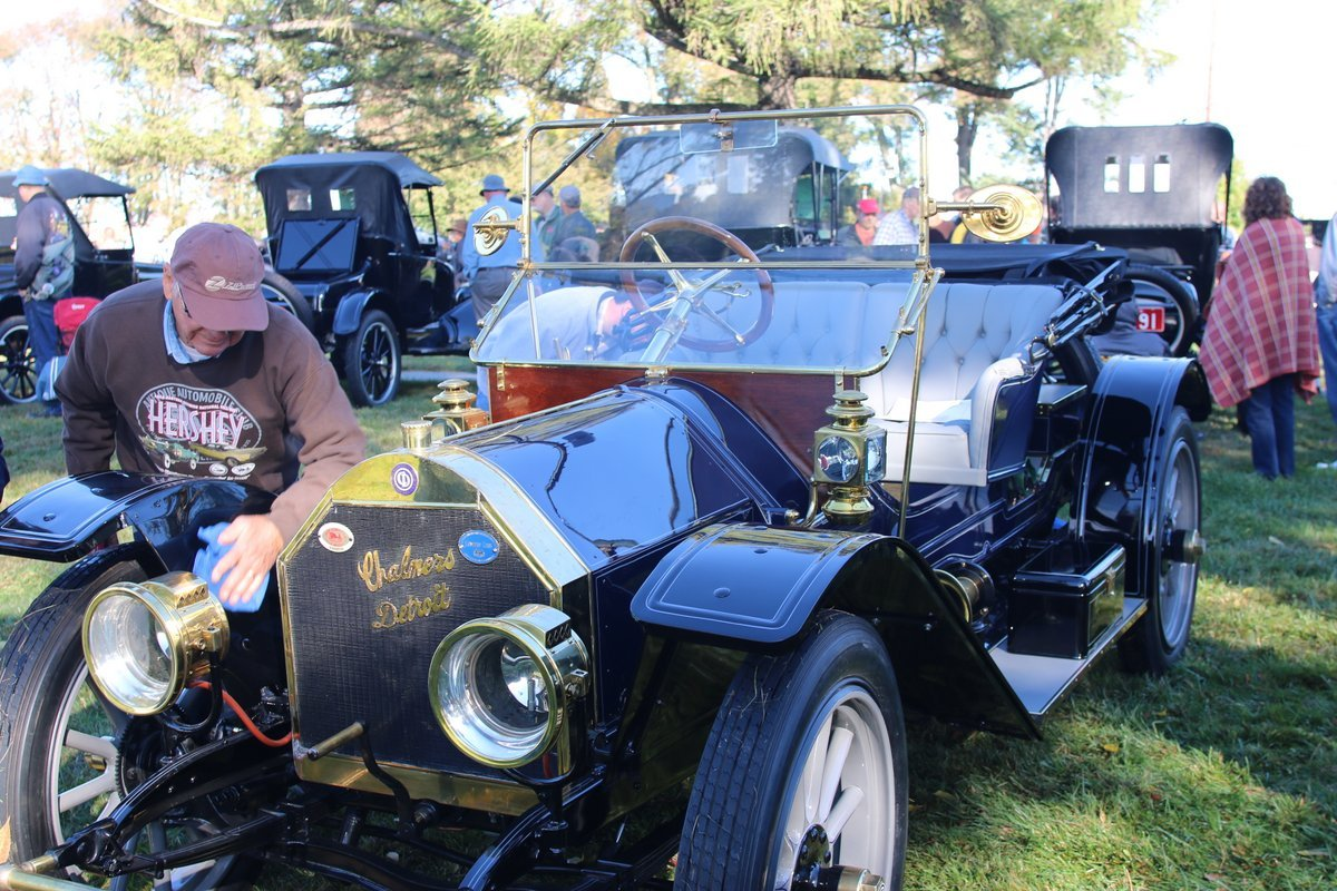 2015_AACA_Hershey_Fall_Meet_Car_Show-075
