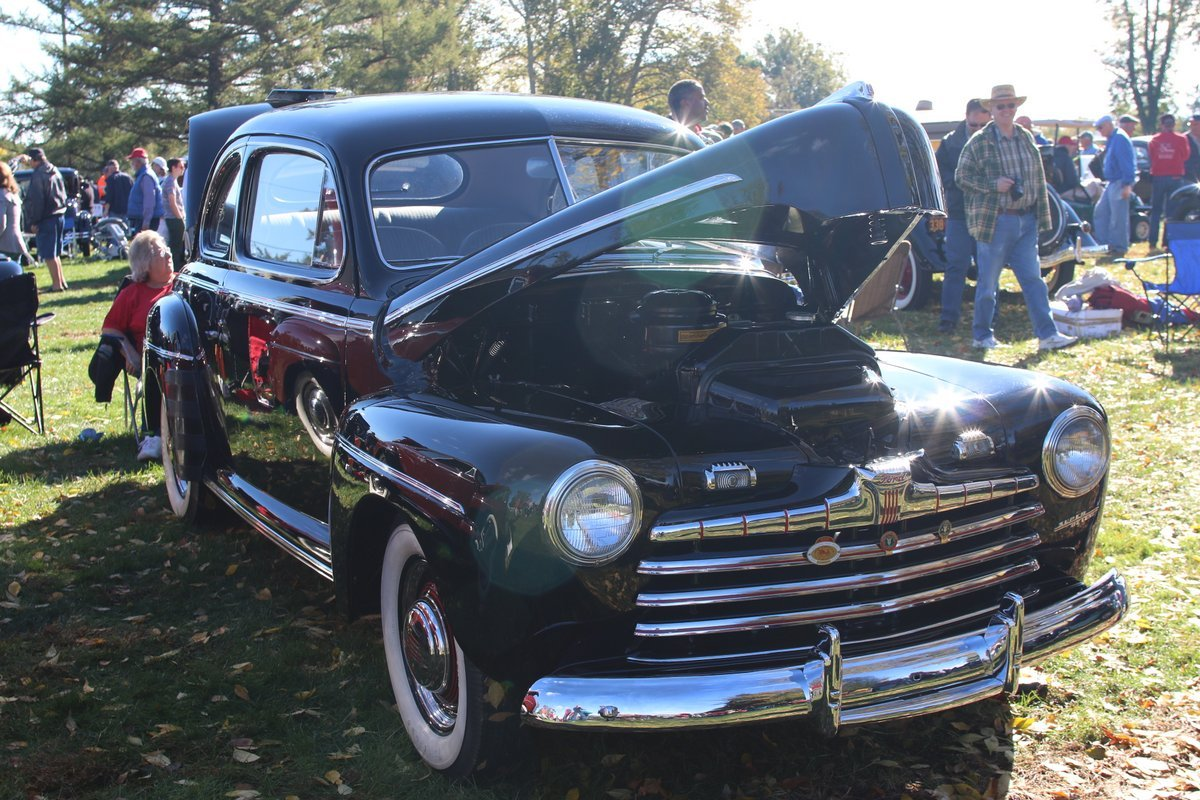 2015_AACA_Hershey_Fall_Meet_Car_Show-088
