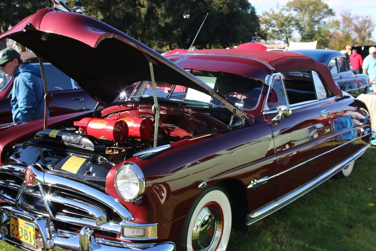2015_AACA_Hershey_Fall_Meet_Car_Show-090