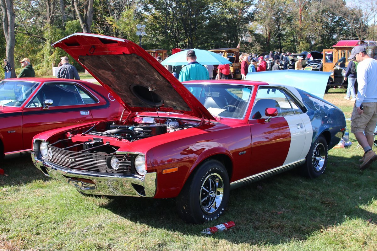 2015_AACA_Hershey_Fall_Meet_Car_Show-092
