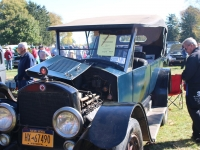 2015_AACA_Hershey_Fall_Meet_Car_Show-101