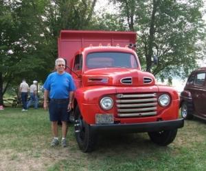1948 F5 dump truck - Reid
